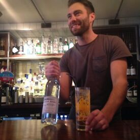 BAR or FLOOR server to join the team at the cool pub the Coborn - Jewel of E3