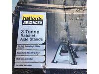 Halfords 3 Tonne Ratchet Axle Stands