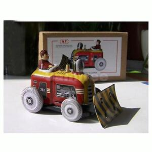 Wind Up tin toy Bulldozer Tractor driver building construction work scene Model