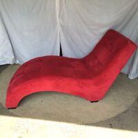 Sofa rouge nouveau / new red sofa