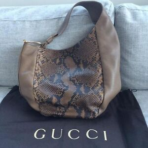 Gucci Greenwich Python Hobo Bag in Taupe