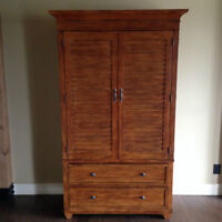 SOLID WOOD ETHAN ALLEN AMOIRE