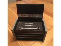 Snap On mini tool box
