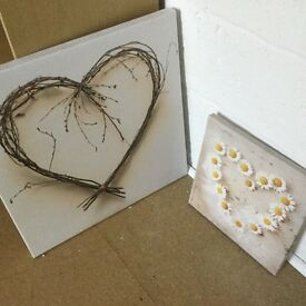 Two heart canvas pictures
