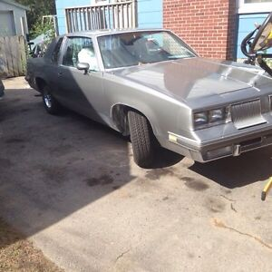 MUST SELL BY NOVEMBER 86 Oldsmobile cutlass supreme brougham