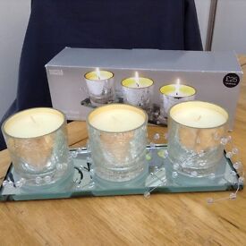 3 candles on mirrored tray NEW