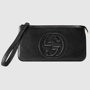 GUCCI soho leather wristlet