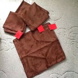 4 brand. New cushion covers brown
