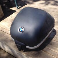 Top case BMW 650 impeccable $350