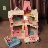 1991 Victorian playskool vintage dollhouse car pool furniture