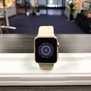 MINT CONDITION APPLE WATCH SERIES 2 42MM WHITE IN BOX WARRANTY Benowa Gold Coast City Preview