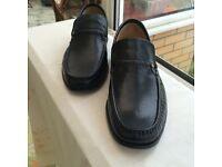 Gents Black Slip-on Shoes Size 8