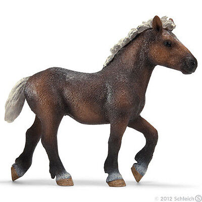 *NEW* SCHLEICH 13665 Black Forest Yearling Foal Horse Equine - RETIRED