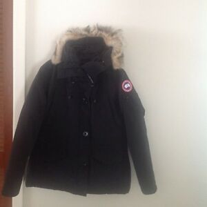 Canada Goose chilliwack parka sale store - Canada Goose Jacket | Buy & Sell Items, Tickets or Tech in Ottawa ...
