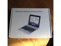 Silver Apple iPad Case and keyboard