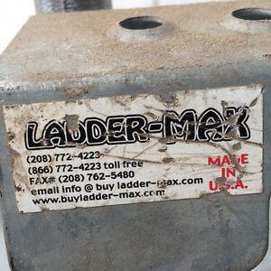 Ladder Stand-Offs/Ecarteur de mur pour echelles West Island Greater Montréal image 3