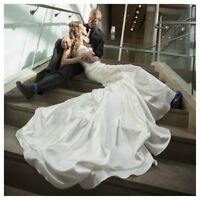 Ivory, Size 8 Wedding Dress & Veil
