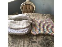 Cosy toes for car seat and knotted bobble blanket