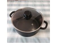 Cooking pot brand new