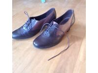 5 pairs of good quality ladies shoes size 7