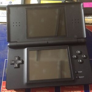 Ds lite with gamboy advance games