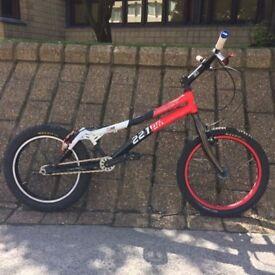 """Trials 20"""" mod bike, chris king hub, hydraulic rim brake, decent spec"""