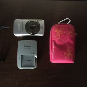 Canon Power Shot ELF - Camera -