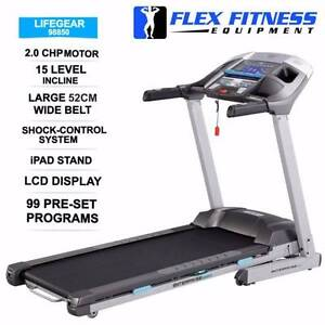 NEW TREADMILL, 2CHP, 52CM WIDE, GEL BASED SHOCKS +100 PROGRAMS Malaga Swan Area Preview