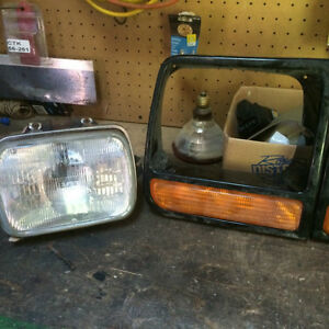 Jeep Cherokee Headlight/Signal Assbly 1994-2001 Peterborough Peterborough Area image 2
