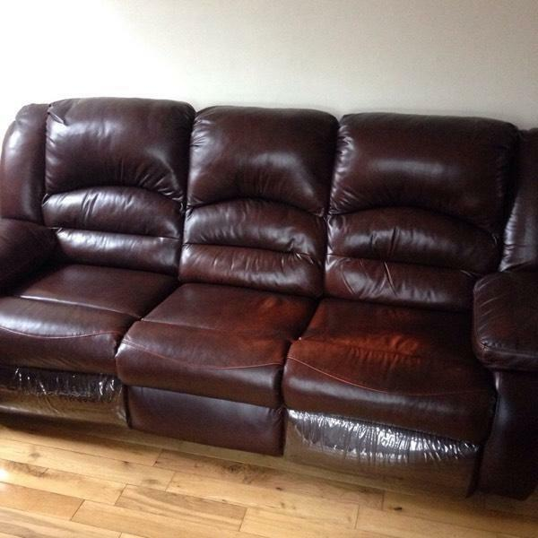 Brown leather sofa couch 163250 in Cumbernauld Glasgow  : 86 from www.gumtree.com size 600 x 600 jpeg 42kB