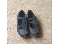 Ladies 'F & F Active' black shoes, size 6.5