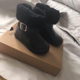 Girls genuine ugg boots