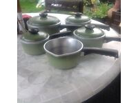 Vintage club cast iron pan set