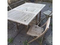 Solid foldable wooden garden furniture set