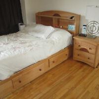 Chambre à coucher pour jeunes en excellente condition