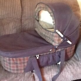 Carrycot suitable for 0/6