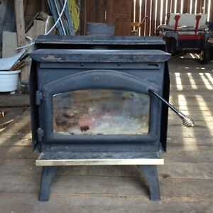 Small airtight woodstove