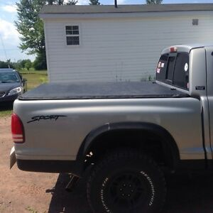 Dodge Dakota tonneau cover+muffler