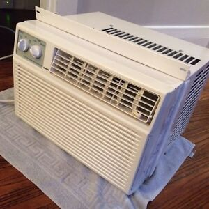 Forest window air conditioner London Ontario image 4