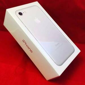 IPHONE 7 32GB SILVER WITH BOX & APPLE WARRANTY Surfers Paradise Gold Coast City Preview