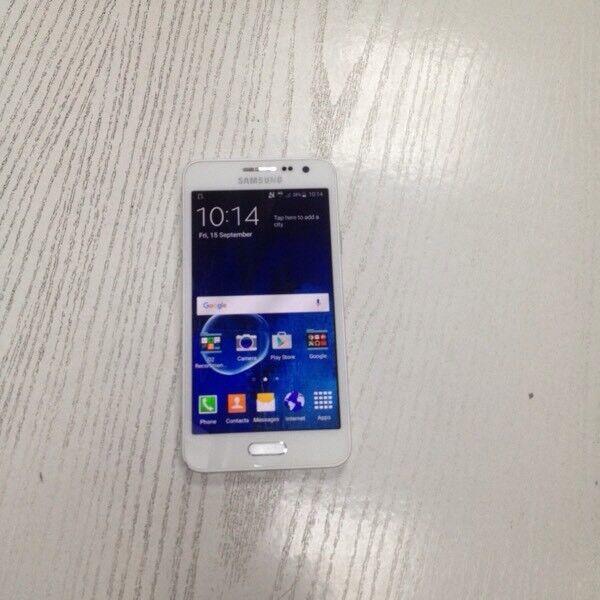 Samsung galaxy A3 white 16 gb