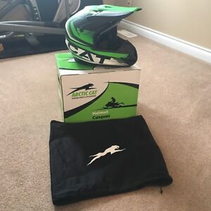 Brand New Arctic Cat snowmobile helmet