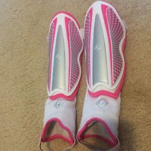 Girls Shin Pads - Like New! Very Comfy! Regina Regina Area image 1