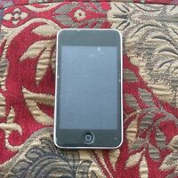 "32GB 3rd Gen iPod Touch - the ""Ugly One"""