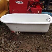 Cast iron claw foot tub