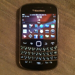 BLACKBERRY BOLD 4 MODEL 9900 BELL ETAT FLAMBANT NEUF