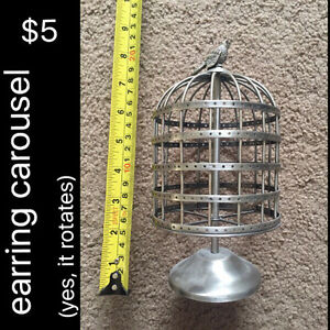 Birdcage earring carousel/holder