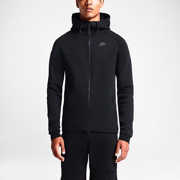 nike tech fleece windrunner black top and bottoms tracksuit in ilford london gumtree. Black Bedroom Furniture Sets. Home Design Ideas