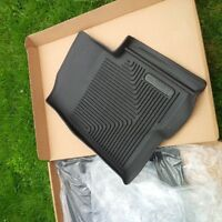 2010 to 2014 molded custom fit floor mats, like new condition