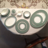 8 settings + serving pieces vintage Halford style Wedgwood China